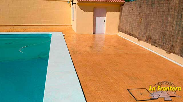 Pavimentos huelva materiales de construcci n para la for Hormigon para pavimentos